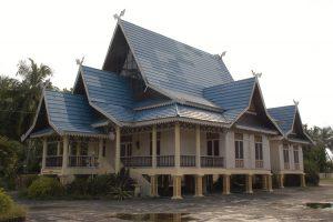 2-Rumah-Adat-Melayu-Bengkalis